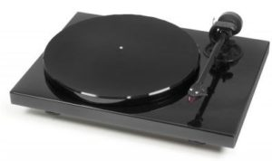 Pro-Ject Carbon Turntable