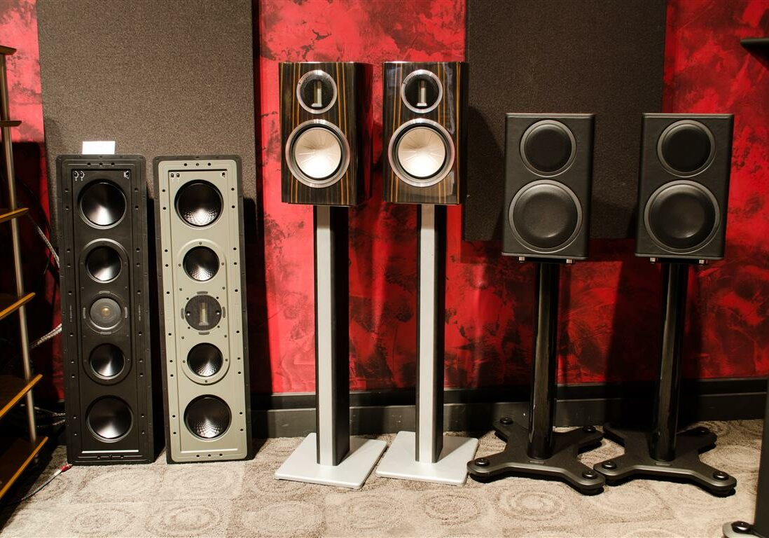 Speakers in AVWORX Showroom